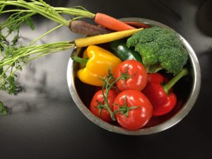 inflammation food: broccoli and peppers